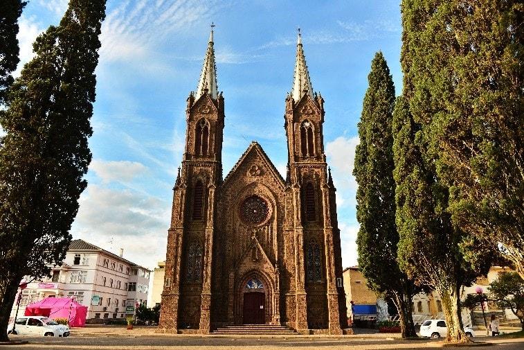 nossa senhora da oliveira Catedral-vacaria